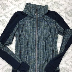 Lululemon zip up sz 6